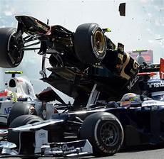 Formel 1 Unfall Beinahe H 228 Tte Es In Spa Alonsos Kopf