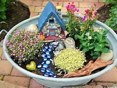Mini Garten In Alter Zinkwanne Gardening Garten