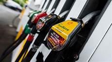 prix du diesel en espagne c est comment ailleurs le prix du diesel en europe aux usa et au japon