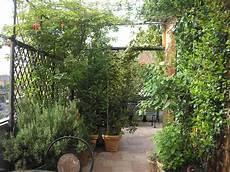 fiori in terrazzo terrazzi in fiore le foto delle vincitrici casa it