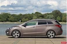 Hyundai I30 Sport Wagon Une Pour Un Bien Photo