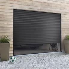 Pose D Une Porte De Garage Enroulable Leroy Merlin