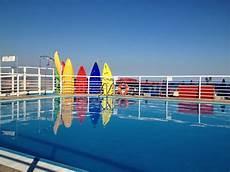 bagno in piscina in scorcio la piscina picture of bagni miramare