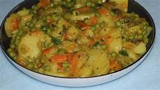 Curry De Pommes De Terre Et Petits Pois Chez Vanda