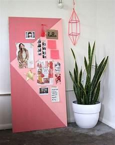 coole bastelideen für teenager pink gestrichene motivationswand in zwei farben