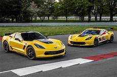 2016 chevrolet corvette z06 c7 r edition pays homage to