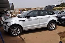 ginco properties range rover evoque blanc