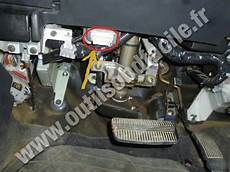on board diagnostic system 1996 nissan pathfinder auto manual obd2 connector location in nissan pathfinder 1996 2004 outils obd facile