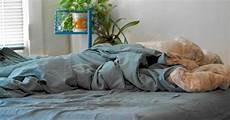 Bett Richtig Machen - lieber nicht das bett machen tipps f 252 r richtige betthygiene