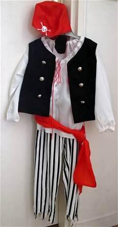 Fabriquer Un Costume De Pirate 100 Tutoriels Pour Coudre Des D 233 Guisements De Petit