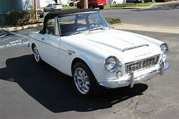 RARE AWESOME 1968 DATSUN ROADSTER 1600 CONVERTIBLE