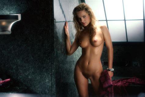Nicole Berg Nude
