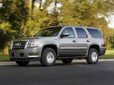 how to work on cars 2011 gmc yukon xl 2500 interior lighting 2011 gmc yukon hybrid price photos reviews features