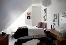 Jugendzimmer Dachschräge Einrichten - jugendzimmer mit dachschr c age ideen gestaltung