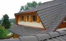 modification de toiture comblespace rehaussement sur 233 l 233 vation de toiture 224