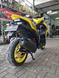Modif Aerox Kuning by Modifikasi Yamaha Aerox 155 Kuning Pakai Dan