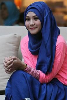 Cara Memakai Jilbab Seperti Zaskia Adya Mecca Fasahijab