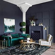 wohnzimmer grün streichen 8 different ways to use colorful sofas in your living room