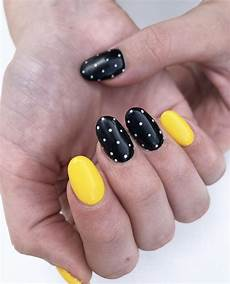black and yellow my nails nail art nails
