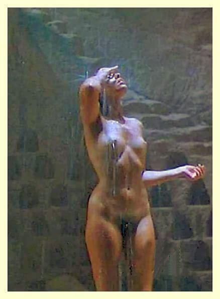 Genevieve Bujold Nude Pics