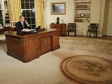 trump insisted on hanging bright gold drapes in the oval office here are past us presidents
