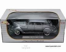 1936 Chrysler Airflow Hard Top By Signature Models 1/18