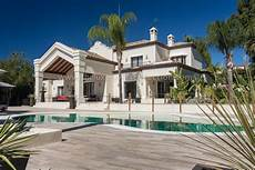 luxury villa in the 6 bedroom villa in banus luxury villa