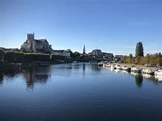 auxerre theluxuryvacationguide