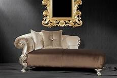 divani in stile barocco baroque style daybed with finishings in gold and silver