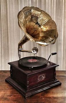 1305 Record Player Antique Gramophone Turntable 200 best victrolas and other players images on