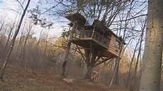 vivre dans une cabane 55967 vivre dans une cabane dans un arbre radio canada ca