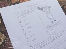 handy printables to supplement our preschool lessons