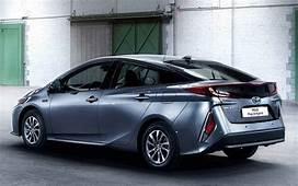 2018 Toyota Prius V  Auto Car Update