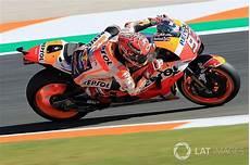 Valencia Motogp Marquez Tops Warm Up For Title Decider