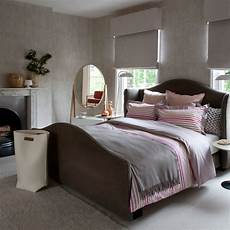 Bedroom Ideas For Pink And Grey by Pink And Grey Bedroom Decorating Ideas Traditional