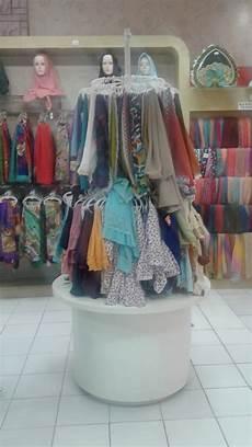 Contoh Display Jilbab Atau Kerudung Bagian 1