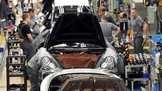 Porsche Senkt Wochenarbeitszeit Mitarbeiter Haben Zu Viel