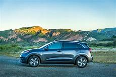 kia motors america introduces 2018 niro in hybrid
