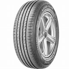 goodyear efficientgrip performance suv reviews tyre