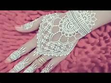 Henna Putih Pengantin Simple Dan Cantik White Henna Is