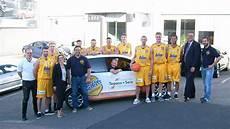 tepass und seiz schwelm en baskets offizielle teamvorstellung im autohaus tepass