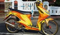 Beat Modif Jari Jari by Modifikasi Honda Beat Karburator Dengan Velg Ring 17 Jari