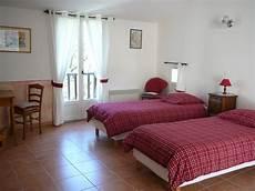 chambres d hotes arles et environs gites et chambres d hotes en provence sisteron vaumeilh la ferme de valauris chambres d