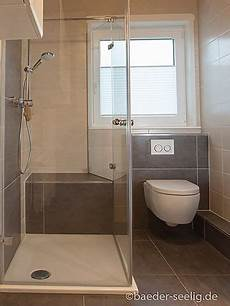 bad und dusche ebenerdige dusche mit zwei t 252 ren in 2019 ebenerdige