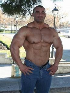 alfonso big la perfection faite homme alfonso 03 beefy