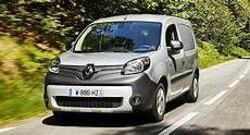 renault kangoo 2018 2018 renault kangoo z e 33 electric costs from 163 14 195 in the uk