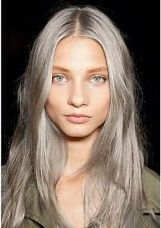 jung und grau graue haare zeichnen