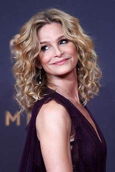 kyra sedgwick emmy awards in los angeles 09 17 2017