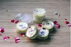 lippenpflege kakaobutter selber machen 10 tolle rezepte zum thema lippenbalsam selber machen