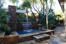 Wasserfall Garten Modern - wasserkaskaden im garten f 252 r moderne gartengestaltung 20